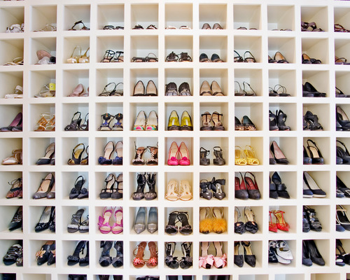 Shoe Closet To Help Decorate Your Home